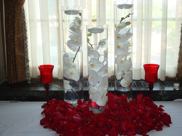 orchid-and-red-roses