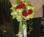red-roses-and-orchid-bouquet