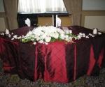 white-bride-groom-table