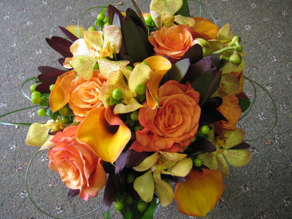 Peach roses and orchids bridesmaid_slider